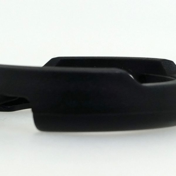 D shroud-Black strap